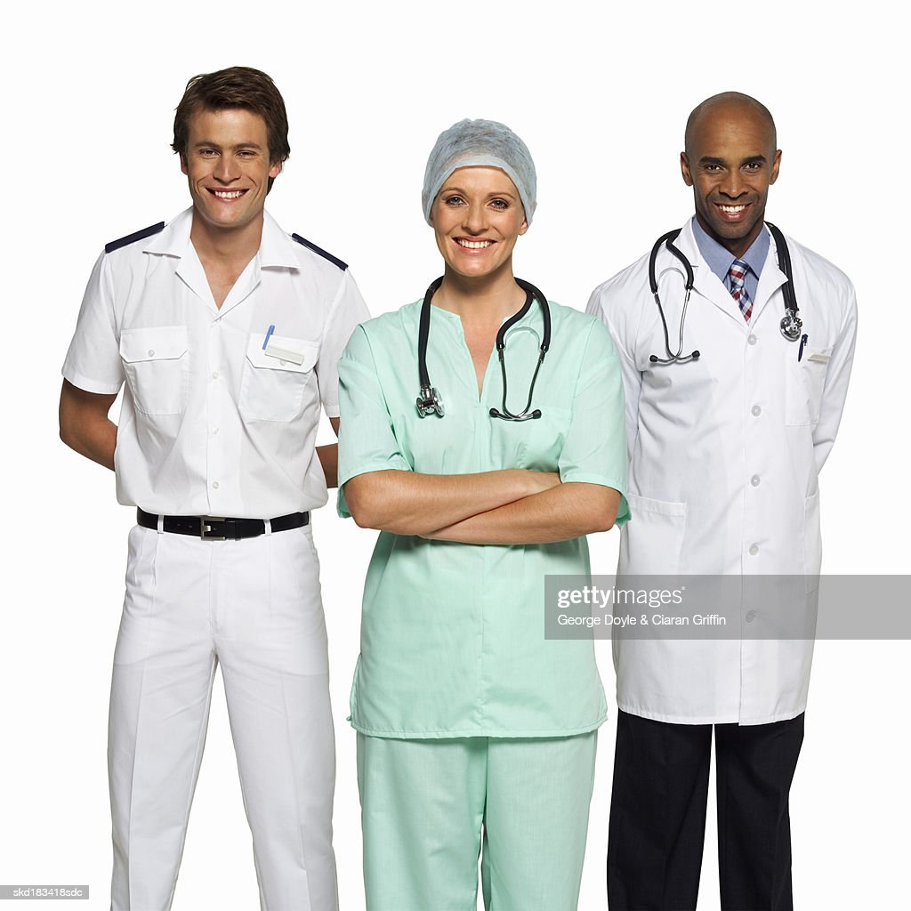 portrait of three medical professionals ストックフォト getty images