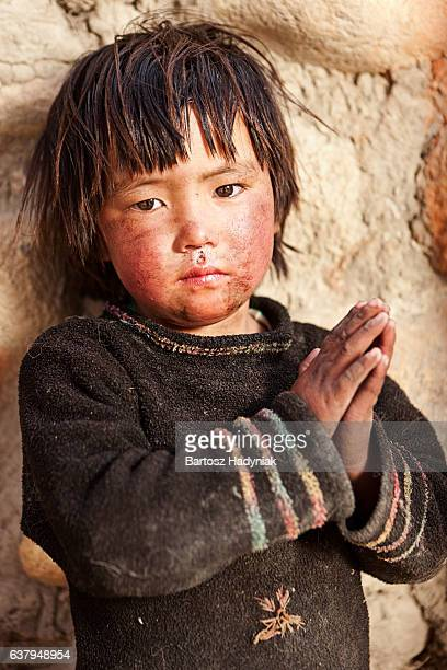 portrait of tibetan child - nepal stock pictures, royalty-free photos & images