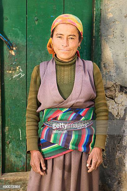 portrait of tibetan woman in mustang region, nepal - lo manthang stock pictures, royalty-free photos & images