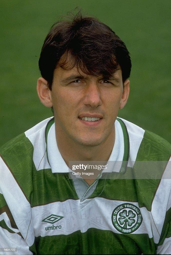 Tony Cascarino of Celtic : News Photo