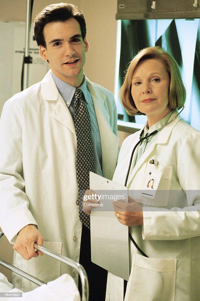 Portrait of two doctors : Stockfoto