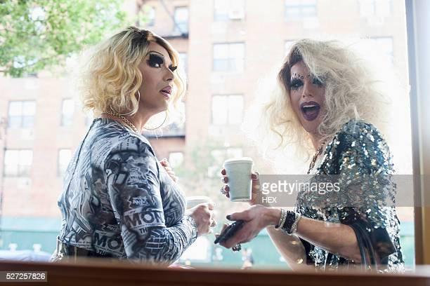 portrait of two drag queens - crossdresser stock-fotos und bilder