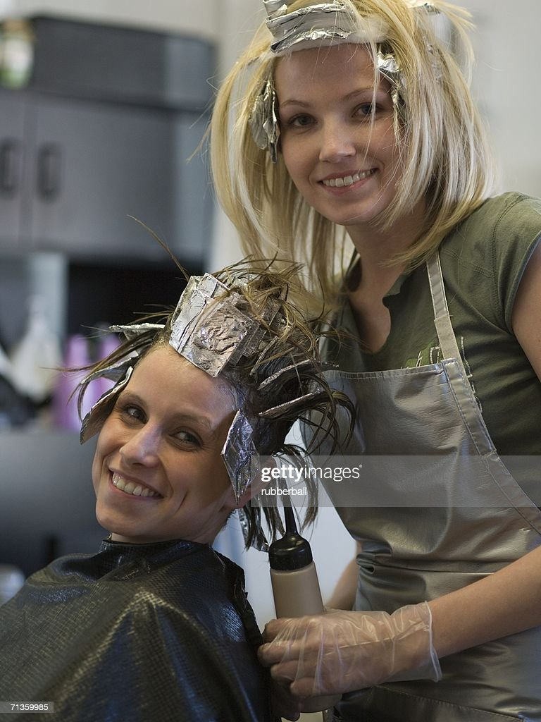 Portrait of two women in a beauty salon : Stock Photo