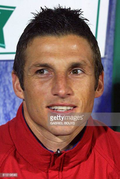 Portrait of US national soccer team defender Frankie Hejduk taken 13 February 2002 in Catania before the start of a friendly match between Italy and...