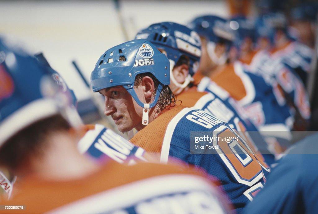 Edmonton Oilers vs Los Angeles Kings : News Photo