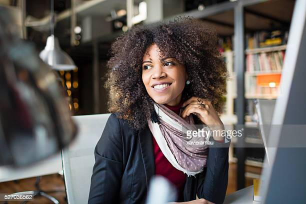 portrait of woman at the office - three quarter length stock pictures, royalty-free photos & images