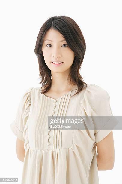 portrait of woman, close-up, studio shot - somente japonês - fotografias e filmes do acervo