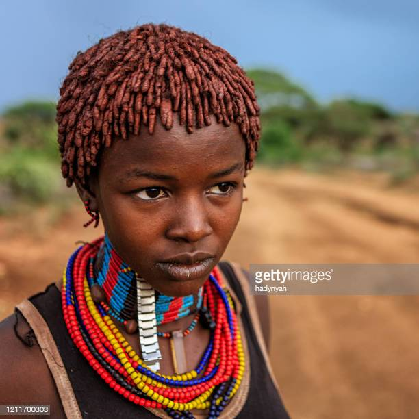 portrait of woman from hamer tribe, ethiopia, africa - indigenous culture stock pictures, royalty-free photos & images