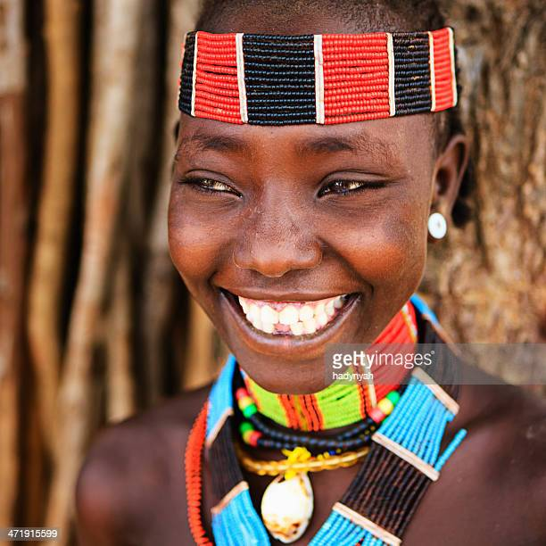 portrait of woman from hamer tribe, ethiopia, africa - hamer tribe stock pictures, royalty-free photos & images