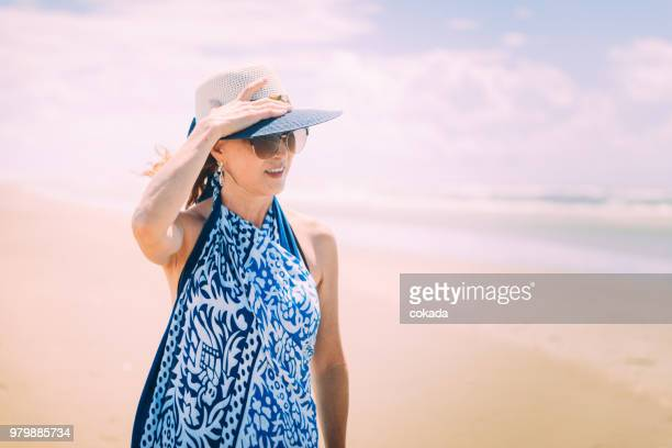portrait of woman outdoors - maranhao state stock pictures, royalty-free photos & images
