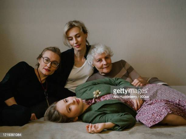 portrait of women of three generation family together - showus stock pictures, royalty-free photos & images