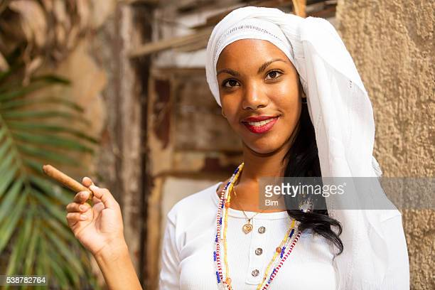 portrait of young, beautiful woman with cigar, havana, cuba - beautiful women smoking cigars stock photos and pictures