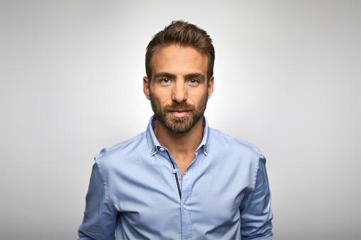 Portrait of young businessman wearing blue shirt - gettyimageskorea