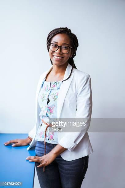 Porträt von junge Geschäftsfrau im Büro