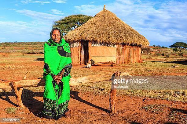 若い女性のポートレートからボラナ、エチオピア、アフリカ