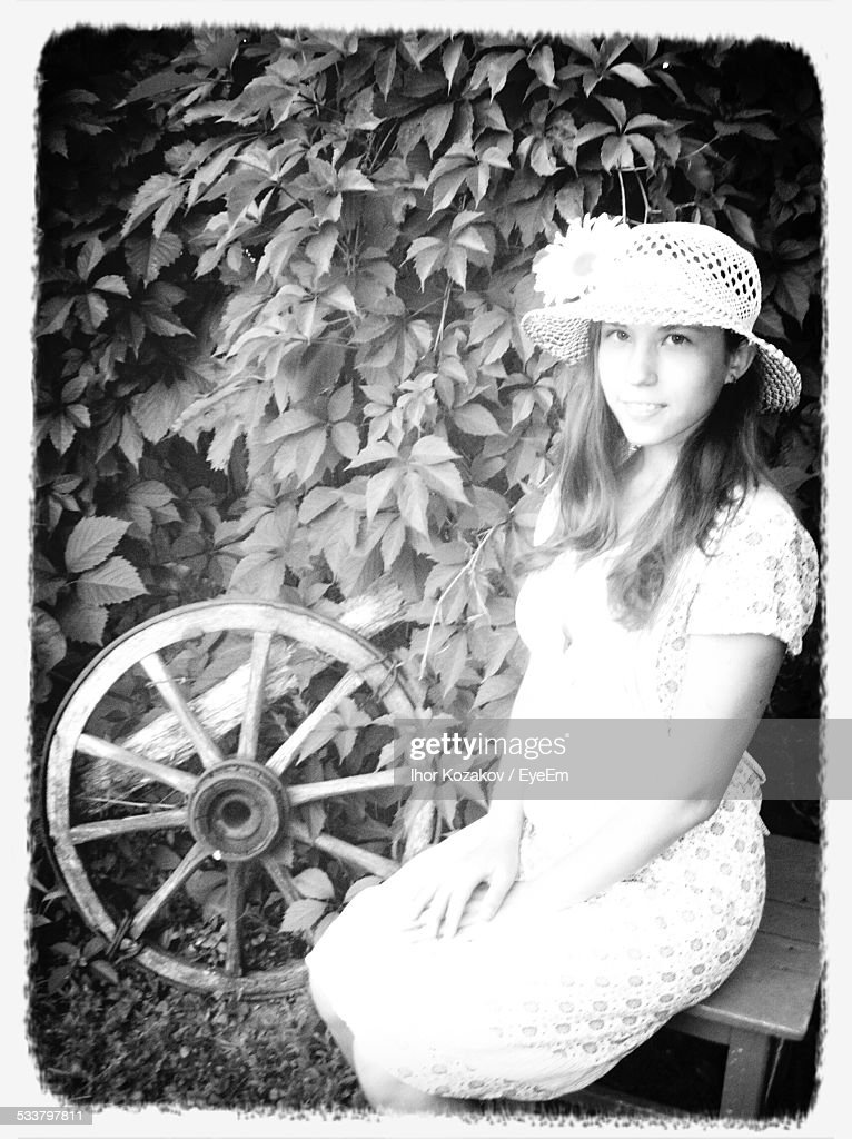 Portrait Of Young Woman In Hat : Foto stock
