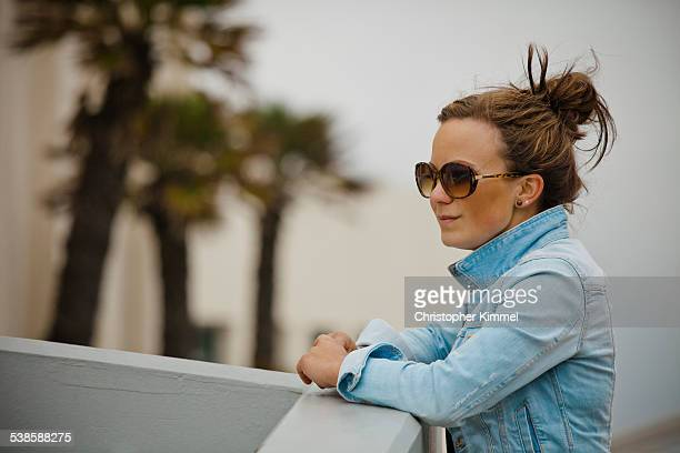 portrait of young woman in sunglasses. - city of monterey california stock pictures, royalty-free photos & images