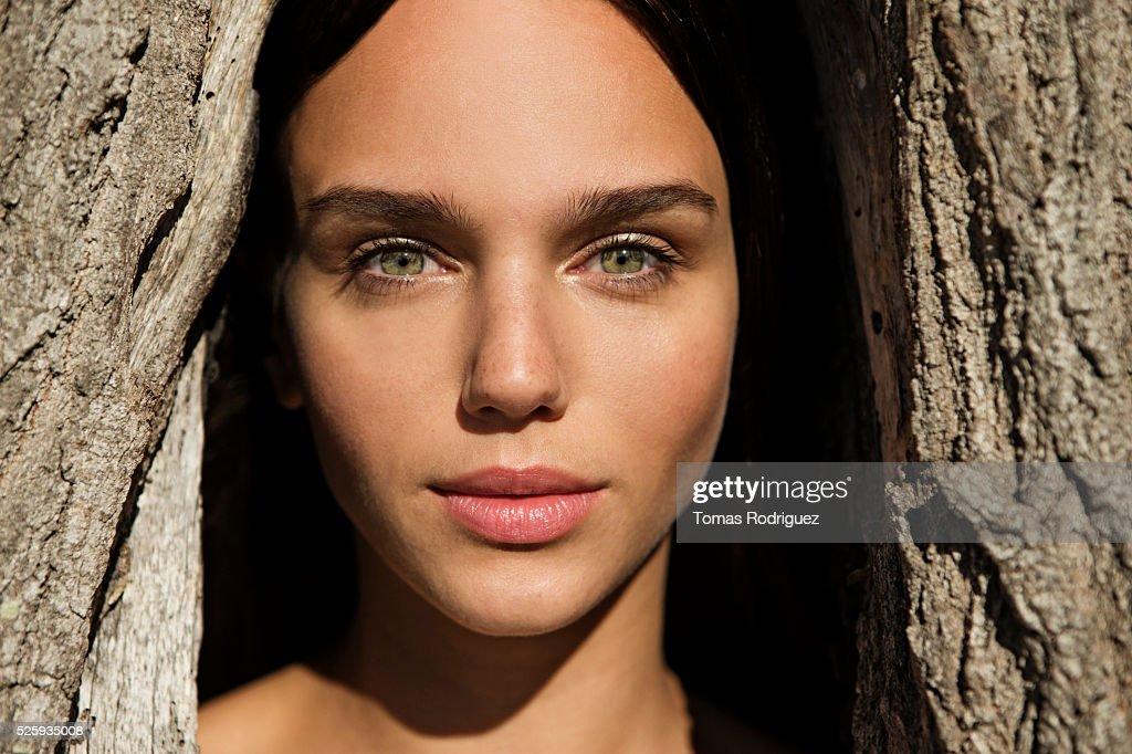 Portrait of young woman : Foto de stock