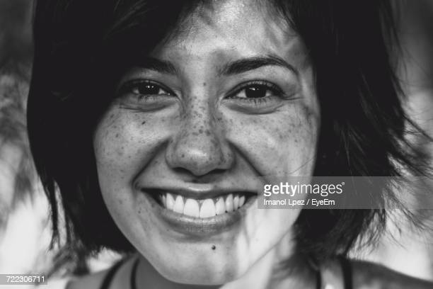 portrait of young woman - mexico black and white stock pictures, royalty-free photos & images