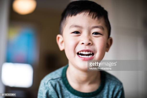 portrait of your boy (4yrs) at home - asian boy stock pictures, royalty-free photos & images