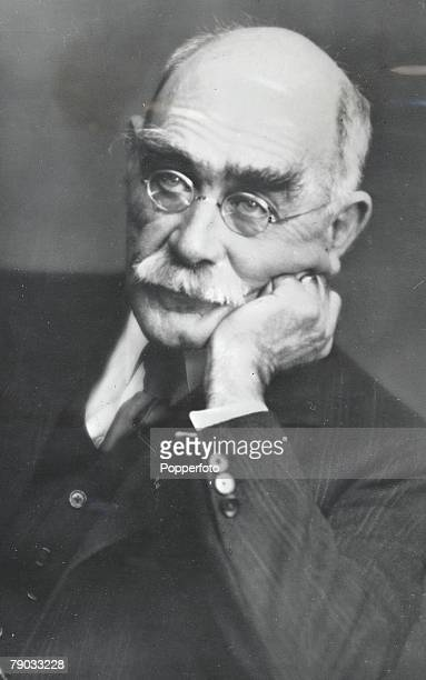"""Portrait picture of Rudyard Kipling the English author of """"The Jungle Book"""" and Nobel Prize winner"""