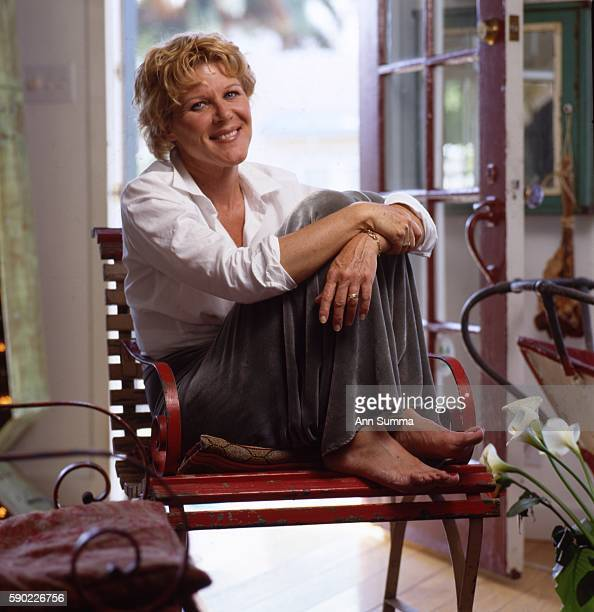 Portrait session with actor Alley Mills who was in the Wonder Years at home in the valley and canoeing in 2000 in Los Angeles