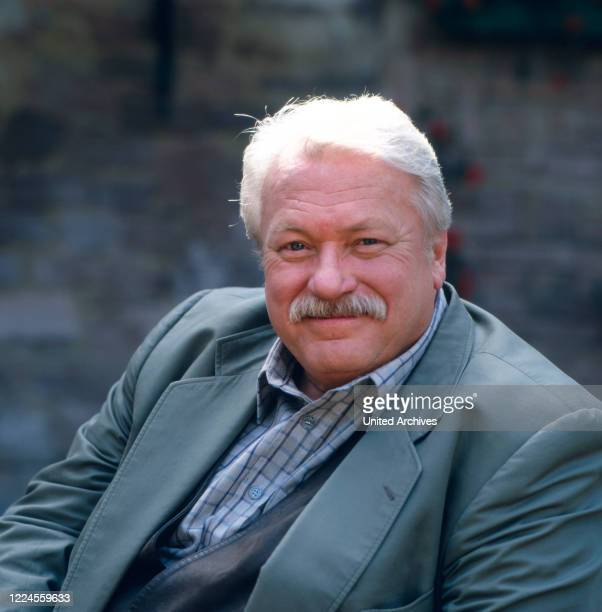 Portrait shot of German film theater and television actor Günter Strack during the series 'These Drombuschs' Germany 1992