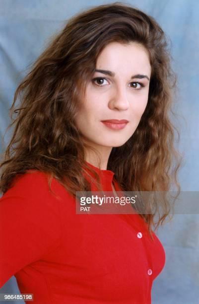 Portrait studio d'Hélène Médigue en octobre 1996 France