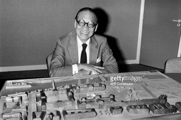 Portrait taken on September 27 1985 shows Chinese American architect Ieoh Ming Pei with the architectural model of the Louvre Pyramid in Paris / AFP...