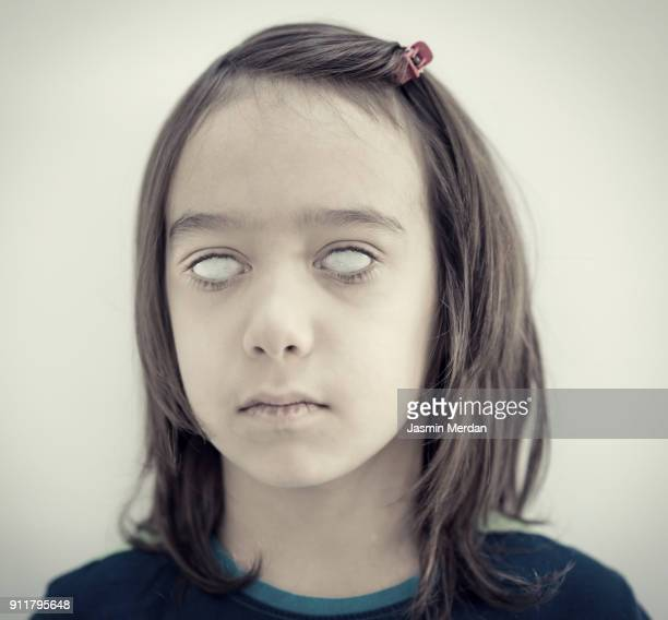 portrait with blind eyes - diabo imagens e fotografias de stock