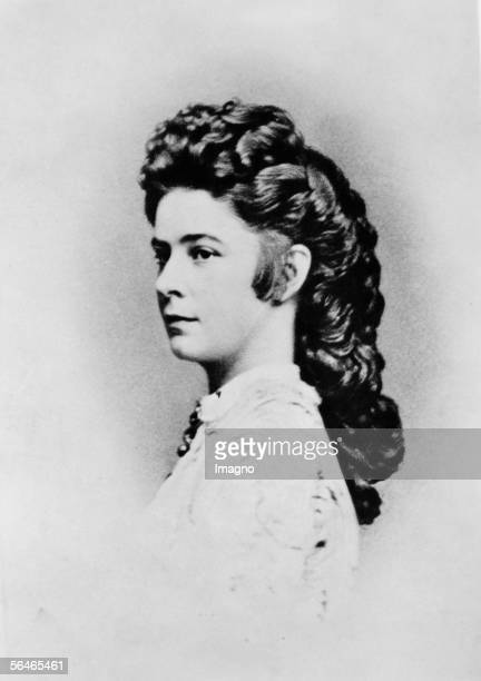 Portraits of Empress Elisabeth Photography by Ludwig Angerer distributed by his brother Viktor Angerer 1863/64 [Portrait von Kaiserin Elisabeth...