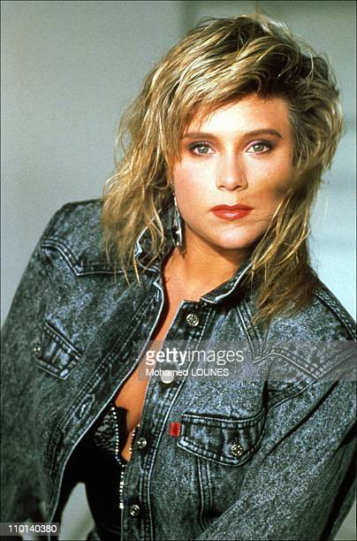Portraits of Samantha Fox in France in August 1987