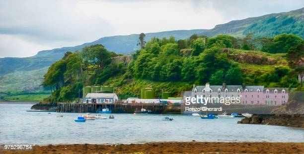 portree harbour - renzo gherardi stock photos and pictures