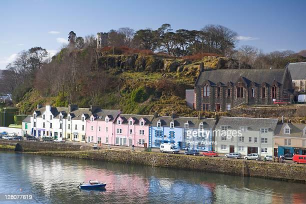 portree, isle of skye, scotland, uk - ポートリー ストックフォトと画像
