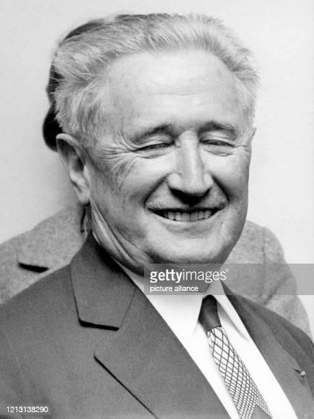 Porträt aus dem Jahre 1965 des deutsch-jüdischen Politikers Nahum Goldmann. Ab 1918 engagierte sich Goldmann in der zionistischen Bewegung, hielt...