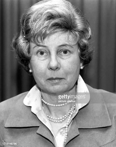 Porträt der katholischen Theologieprofessorin und Tochter des verstorbenen Bundespräsidenten Gustav Heinemann, Uta Ranke-Heinemann vom 24. April...