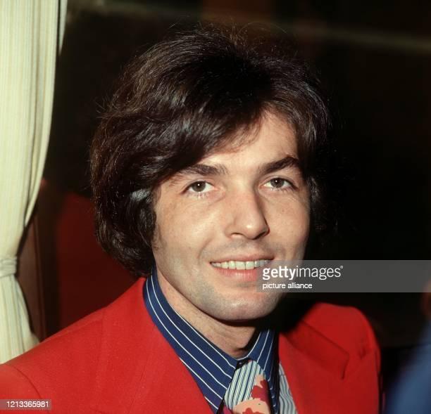 Porträt des deutschen Schlagersängers Chris Roberts vom März 1972.