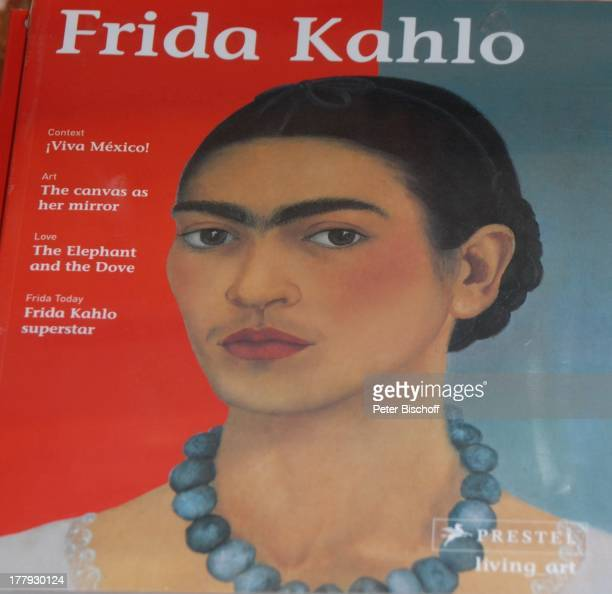 Porträt Frida Kahlo KunstAusstellung 'Museo Dolores Olmeda' Größte Sammmlung Werke von Frida Kahlo und Ehemann D i e g o R i v e r a Xochimilco...