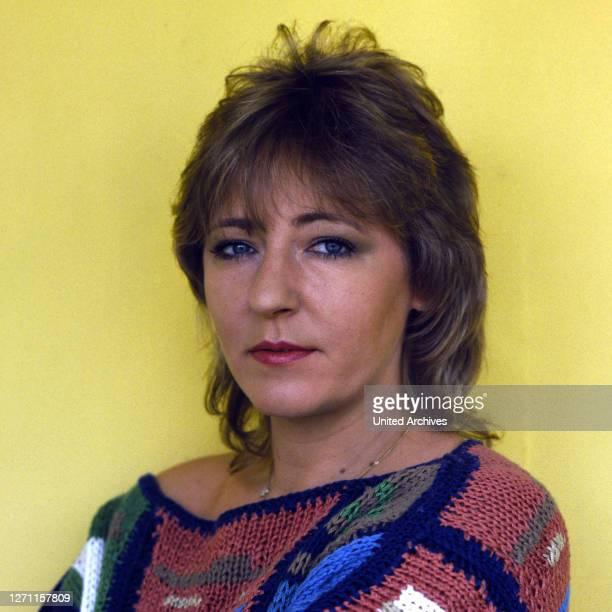 Porträt von 1985. / Sängerin, Komponistin, Musikproduzentin.