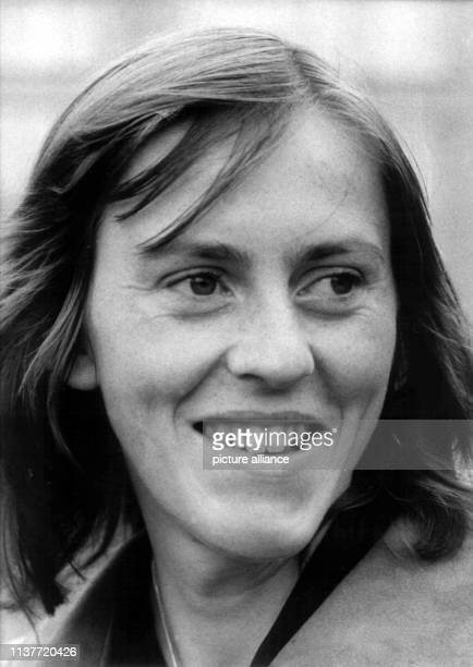 Porträtaufnahme der DDRLeichtathletin Rosemarie Ackermann aufgenommen am 1Juli 1976 bei den Olympischen Sommerspielen in Montreal | usage worldwide