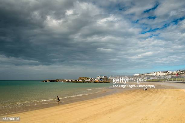portrush strand - portrush stock pictures, royalty-free photos & images