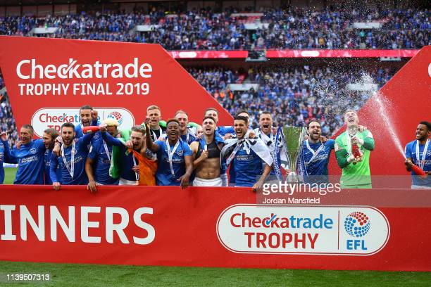 Portsmouth celebrate victory following a penalty shootout in the Checkatrade Trophy Final between Portsmouth and Sunderland at Wembley Stadium on...