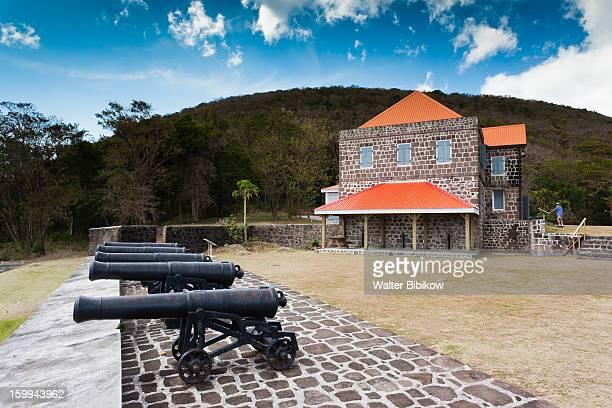 portsmouth, dominica, fort shirley - dominica fotografías e imágenes de stock