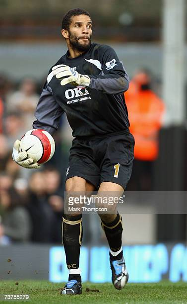 Portsmouth goalkeeper David James in action during the Barclays Premiership match between Fulham and Portsmouth at Craven Cottage on March 31, 2007...