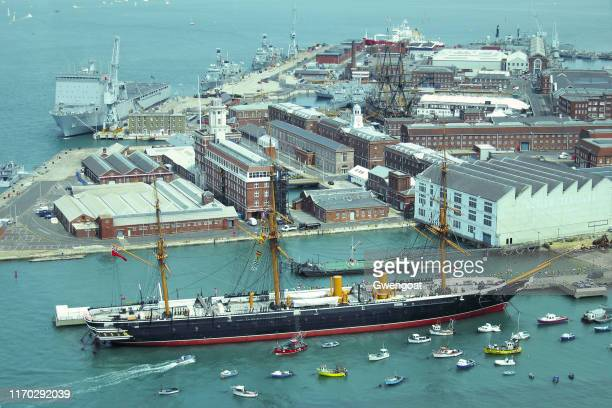 portsmouth historic dockyard - gwengoat stock pictures, royalty-free photos & images