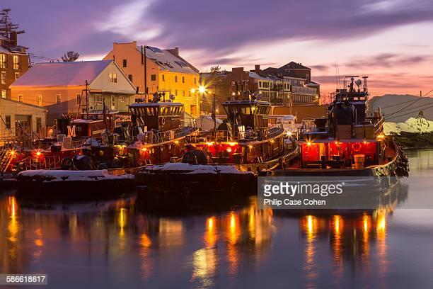 Portsmouth tugboats at dusk