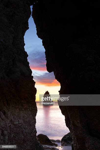 Portugal, Algarve, Lagos, Rock formations at beach