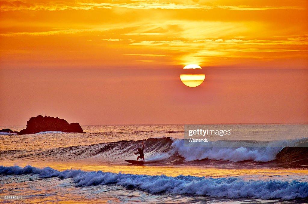 Portugal, Algarve, Sagres, Cordoama Beach, sunset above the Atlantic Ocean : Stock Photo