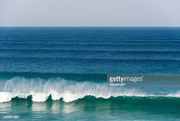 Portugal, Algarve, Sagres, View of Atlantic ocean with breaking waves