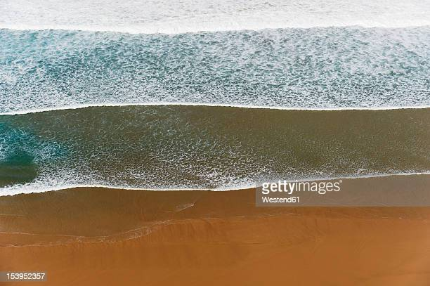 portugal, algarve, sagres, view of atlantic ocean with waves - sagres stock pictures, royalty-free photos & images